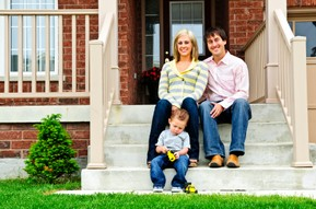 Lincoln Real Estate Family on Front Steps